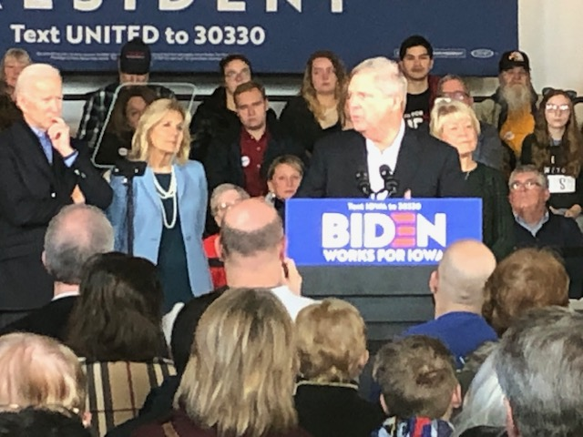 One of Iowa Most Well-Known Couples Endorses Joe Biden for President 1