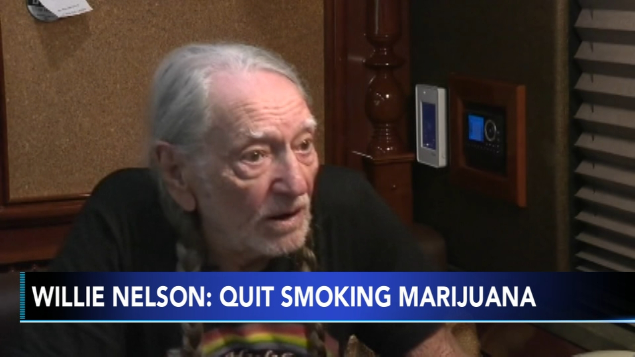 Willie Nelson Says He Has Stopped Smoking Because it Almost Killed Him 1