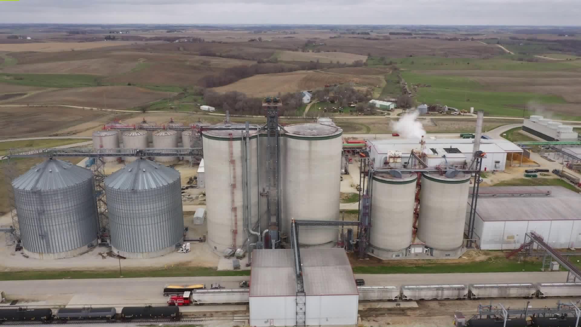 Coronavirus Presents New Economic Threats to Iowa's Ag Community 14