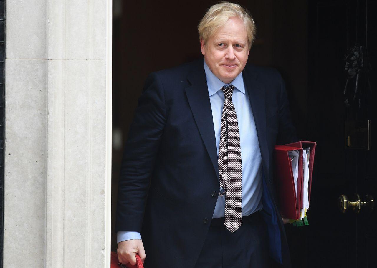 UK Prime Minister Boris Johnson Enters Intensive Care 6