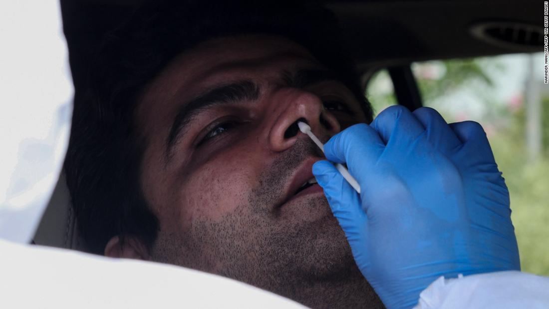 CDC Estimates That 35% of Coronavirus Patients Don't Have Symptoms 3