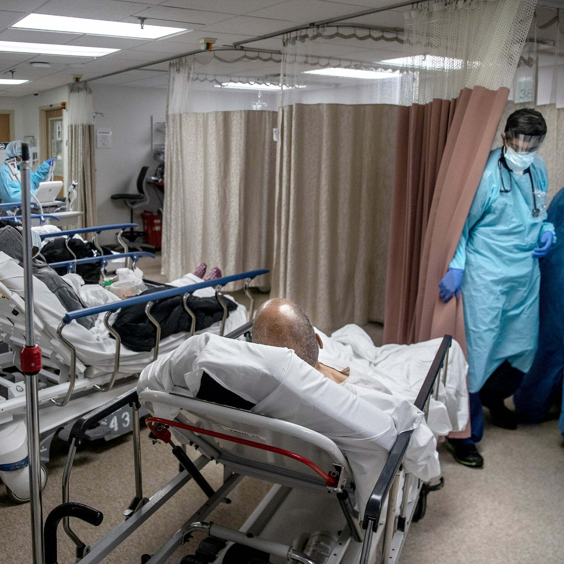 ER Visits Down As Patients Worry About COVID-19 3