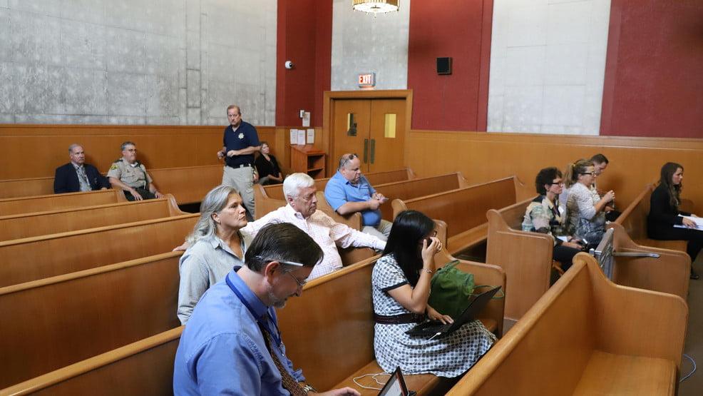 Iowa Jury Trials Postponed Until Sept. 14 Due to COVID-19 15