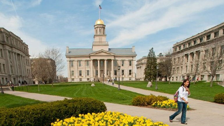 University of Iowa to Resume Face-to-Face Classes This Fall 1