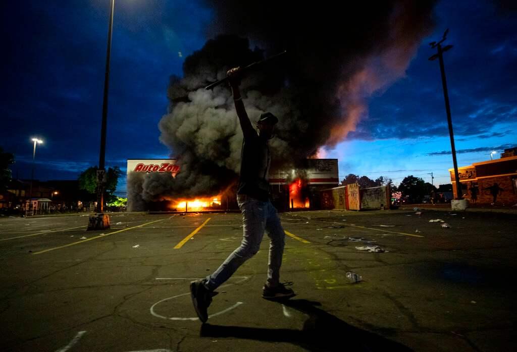 Violence Again Rocks Minneapolis After Man's Death; 1 Killed 6