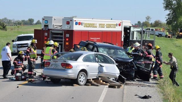 4 Killed in Fiery Crash in Des Moines 1