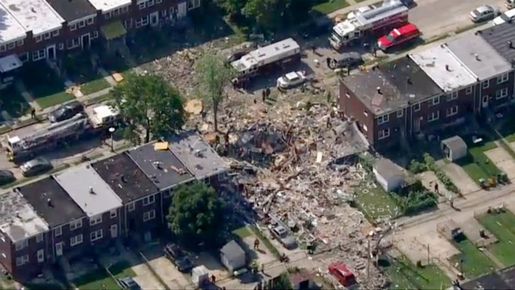 Gas explosion levels 3 Baltimore homes; 1 dead, 1 trapped 1