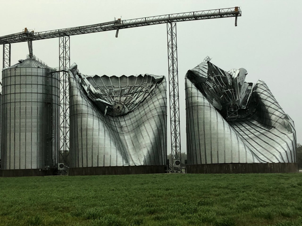 Why Grain Bins Were so Heavily Damaged by the Derecho 1