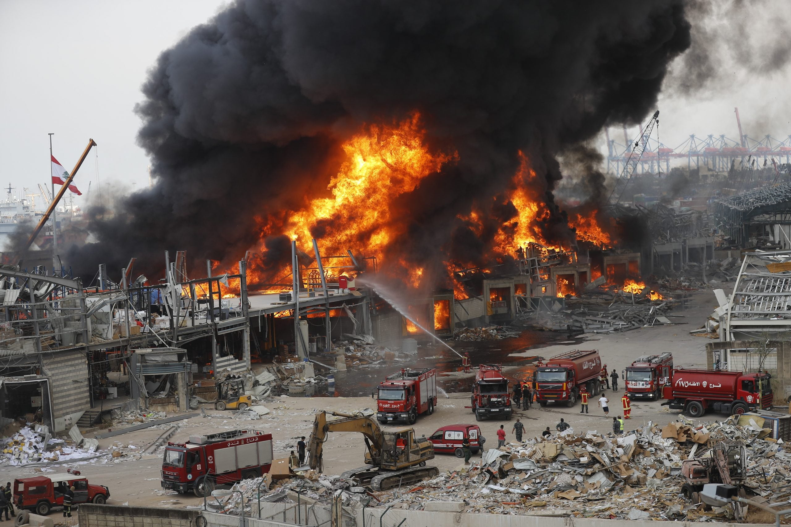 Huge fire breaks out at Beirut port a month after explosion 4