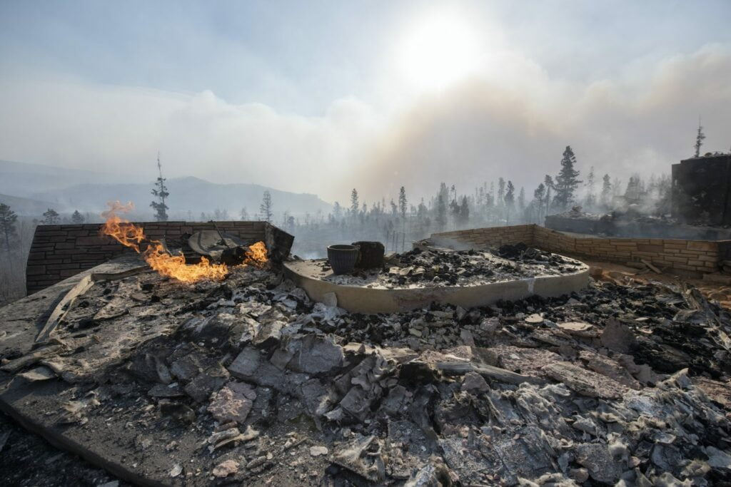Biden to announce expanded federal wildfire efforts in meeting with Western governors 13